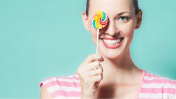 Zähneputzen nur mit Bürste und Zahnpasta?